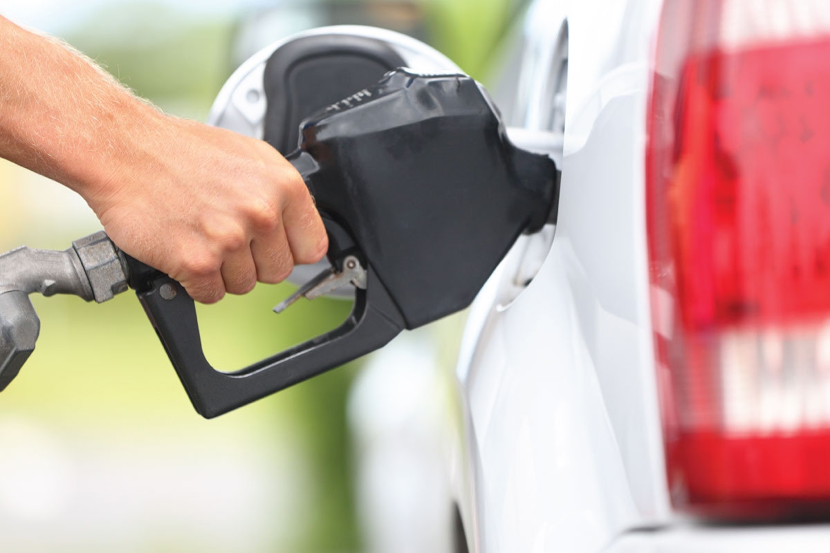 8 trucs pour économiser l'essence en auto ou en VR